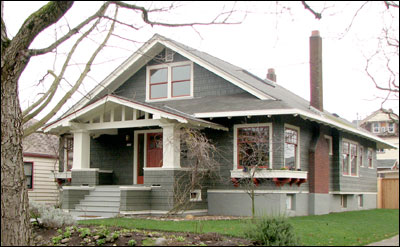 Architecture - What is Bungalow style? - Small house - Cottage